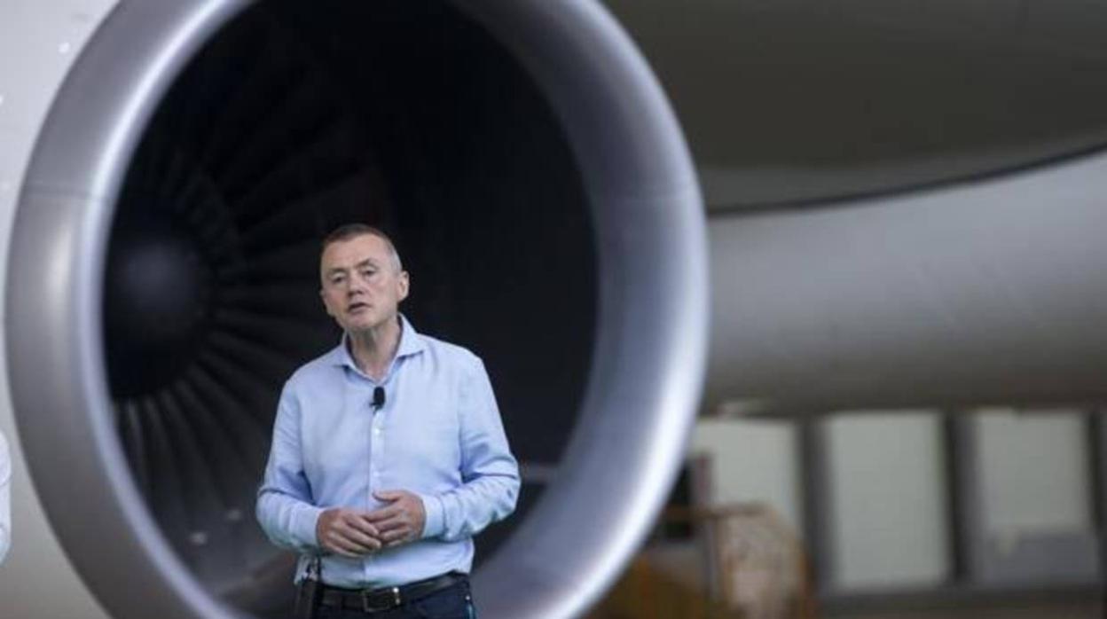 IAG (Iberia) limita al 47,5% la participación de extracomunitarios para blindar sus derechos de vuelo