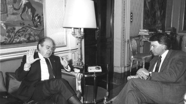 El precedente de 1995: el espejo en el que no se quiere mirar Sánchez