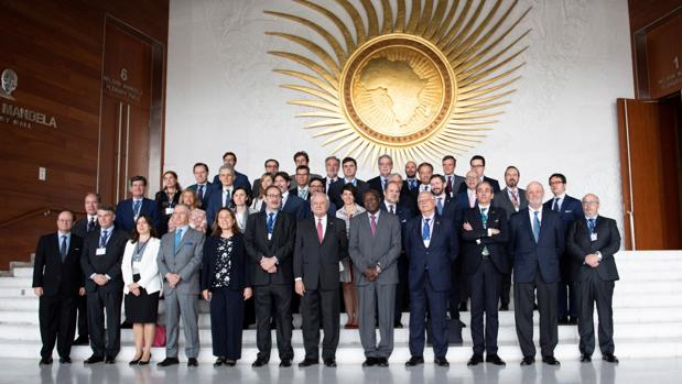 La empresa española llama a la puerta de África
