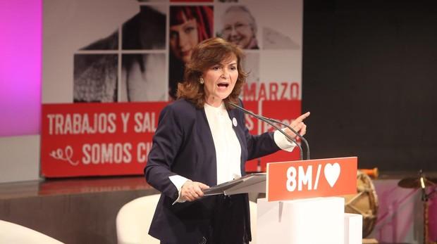 La vicepresidenta del Gobierno y ministra de Presidencia, Relaciones con las Cortes e Igualdad, Carmen Calvo, en un acto previo al 8-M