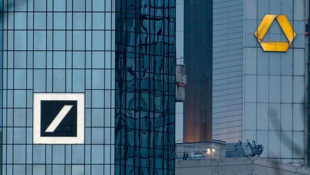 Logos de Deutsche Bank y Commerzbank