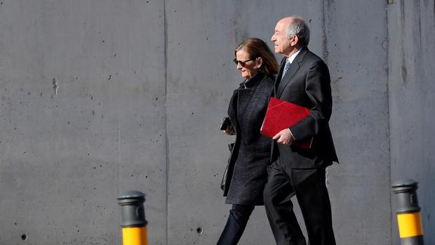 El exgobernador del Banco de España Miguel Ángel Fernández Ordóñez, a su llegada a la Audiencia Nacional