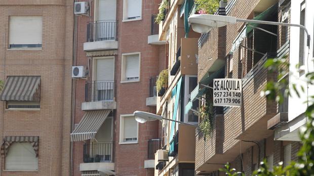 El Banco de España destaca que las rentas ya se están desacelerando e incluso en 2018 cayeron en Barcelona