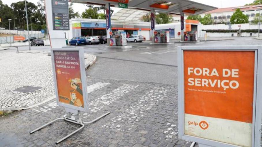 Desconvocada la huelga de transporte de combustibles en Portugal