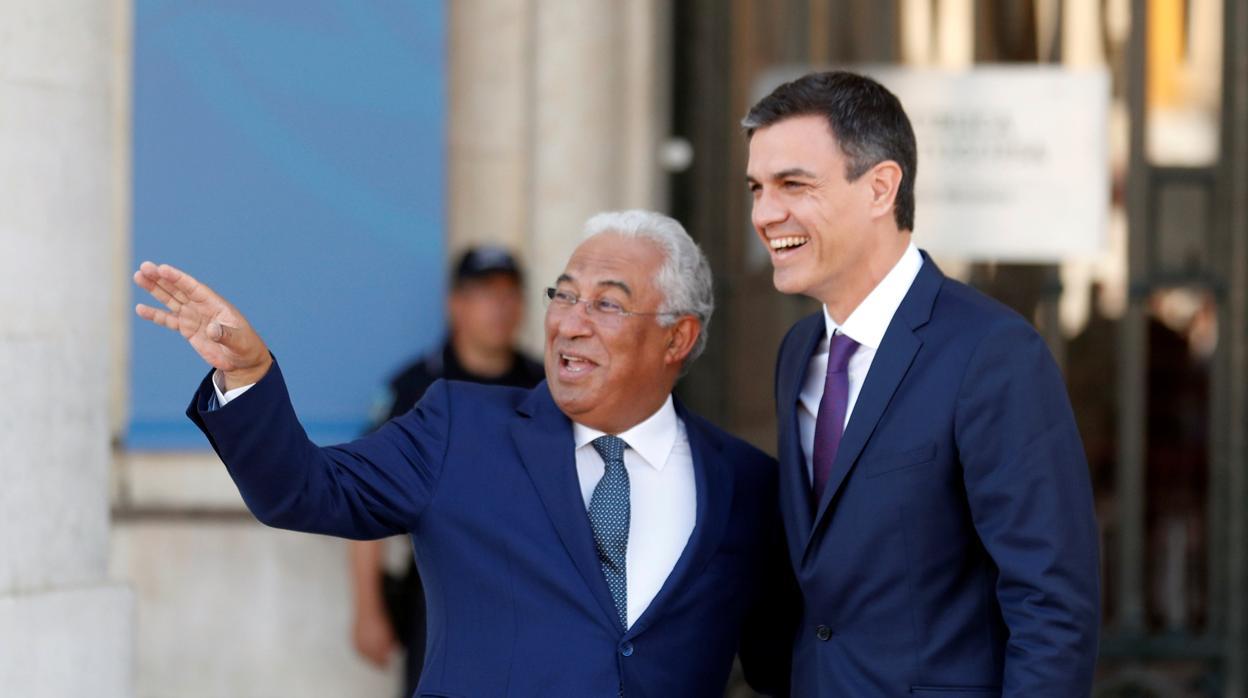 La prima de riesgo lusa acecha a la española ante la convulsión política