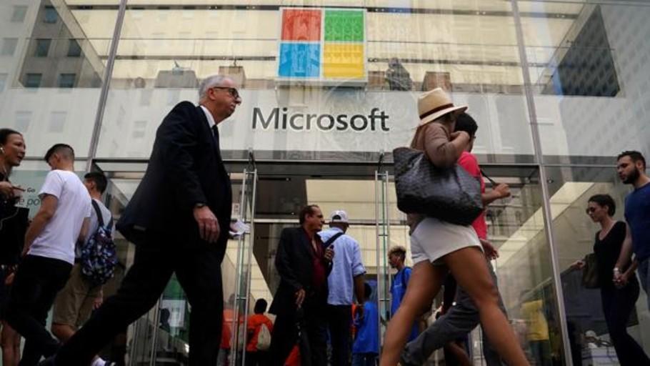 Microsoft gana 26.053 millones entre julio y marzo, casi cuatro veces más