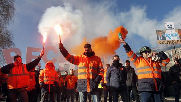 Los trabajadores de Alcoa en La Coruña en una de las protestas en defensa de sus puestos de trabajo