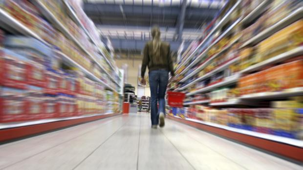 Coca-Cola, ElPozo y Campofrío llenaron la cesta de los españoles en el supermercado en 2018