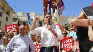 Sánchez: «Hay remontada, vamos a dejar atrás a los del 'sorpasso' y a ganar a Rajoy»