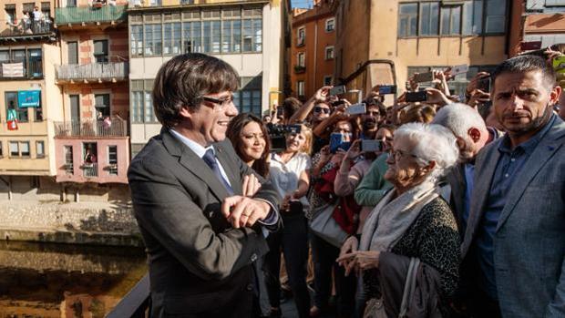 El expresidente huido Carles Puigdemont, haciendo campaña en Bélgica