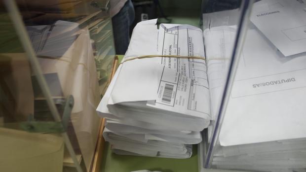 Voto por correo recibido en un colegio electoral de Madrid en las elecciones generales de 2016