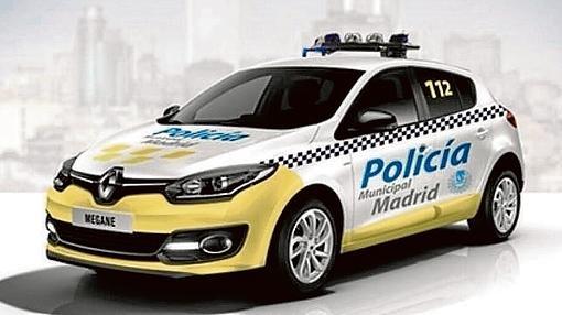 Primera versión de los nuevos coches, con el parachoques amarillo