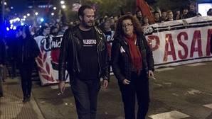 Pancartas y gritos en favor de «Alfon» en la marcha de Vallecas