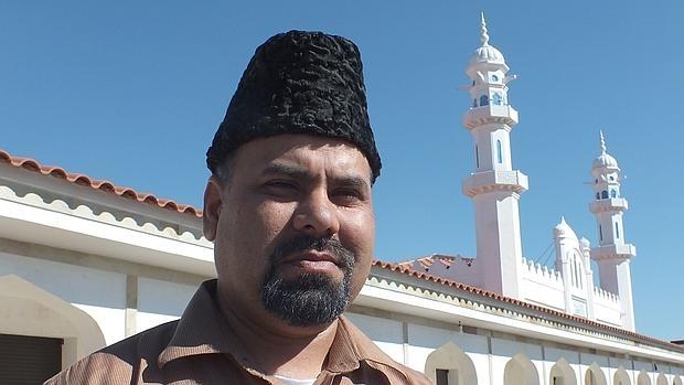 El imán Abdul Saboor Numan, en la mezquita de Pedro Abad (Córdoba)