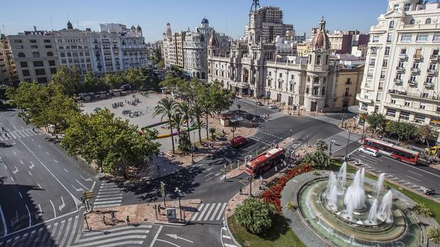 La plaza del ayuntamiento de valencia ser peatonal el - La nueva fe de valencia ...