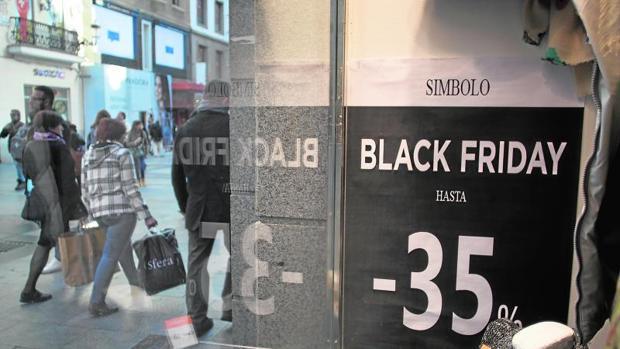 Los comercios se lanzan con grandes ofertas por el Black Friday