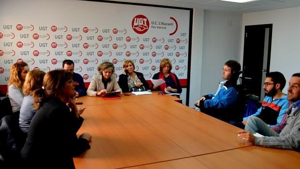 El PSOE enciende las alarmas y cifra en 100.000 los niños pobres de ...