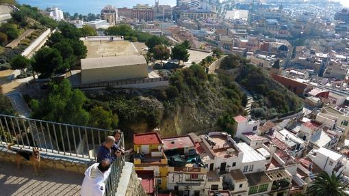 Vista de Alicante desde el monte Benacantil