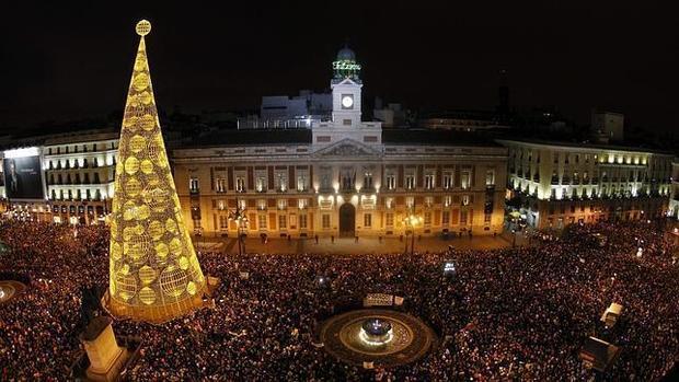 Las preuvas y las campanadas en sol con conteo de for Puerta del sol uvas