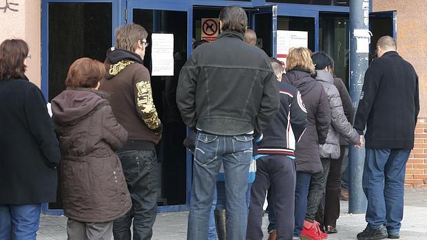 Castilla la mancha cerr 2015 con parados menos for Oficina virtual de empleo castilla la mancha