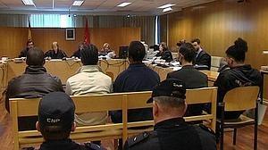 Piden de 2 a 9 años de cárcel para 23 «trinitarios» por apuñalar a un hombre en el Metro