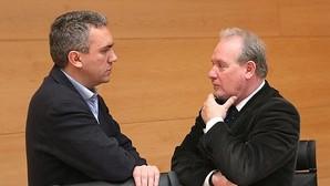 Javier Izquierdo y José Francisco Martín (PSOE), en la comisión de investigación de parques eólicos en las Cortes