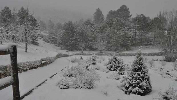 La nieve cubre el interior de la comunidad valenciana en - Interior de castellon ...