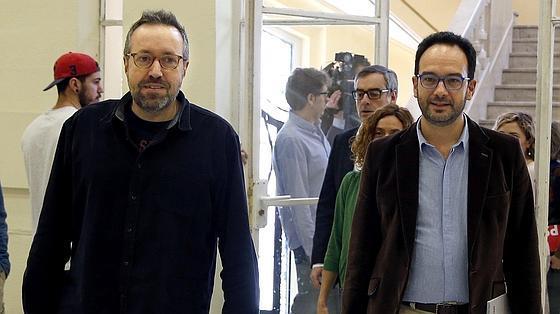 Reunión PSOE-C's en el Círculo de Bellas Artes de Madrid