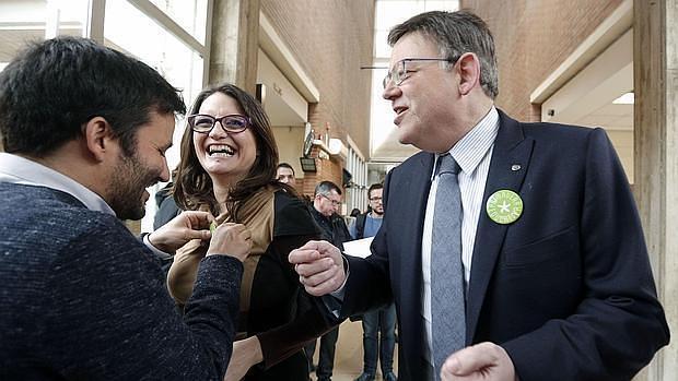 Imagen de Oltra y Marzà con el presidente Puig
