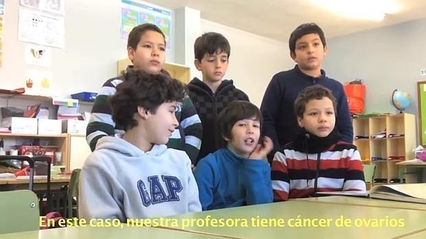 Niños de un colegio de Pozuelo buscan donaciones para investigar el cáncer de su profesora