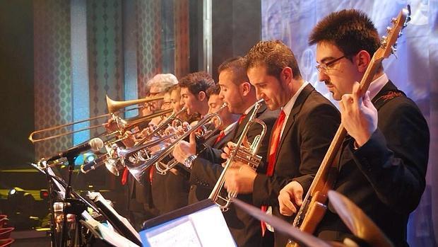 La banda local Faringoceles Big Band presentará su repertorio que gira en torno al swing y el jazz