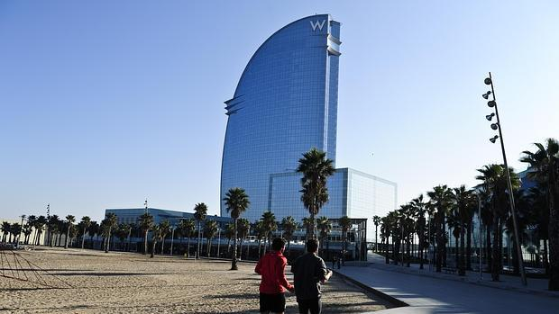 Colau prorroga otro a o la moratoria de alojamientos for Alojamiento en barcelona espana