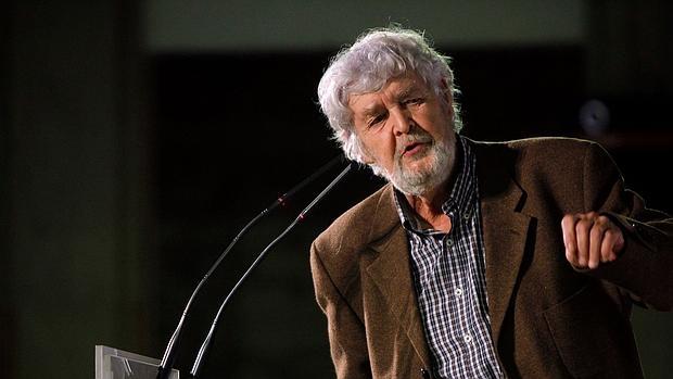 Xosé Manuel Beiras, durante un mitin