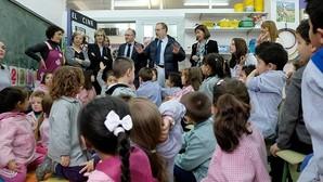 Educación traza una estrategia para evitar los «centros-gueto»