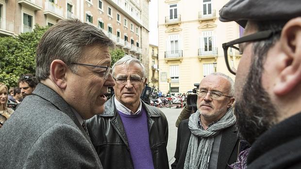 Ribó y Montiel conversan con el presidente de la Generalitat en una imagen de archivo