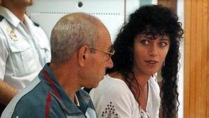Imagen de archivo, tomada en Madrid el 19 de julio de 2004, de los etarras Idoia López Riaño, alias «Tigresa», y Santiago Arrospide Sarasola, «Santi Potros»