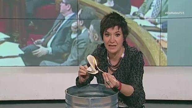 Empar Moliner, durante la polémica protesta en Tv3