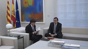 Carles Puigdemont y Mariano Rajoy, en el Palacio de la Moncloa