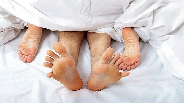 perfiles intercambio de parejas orgía