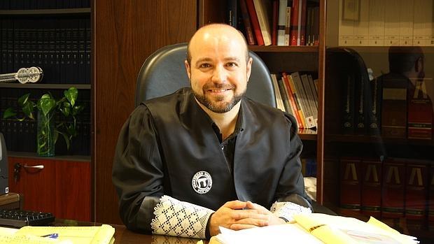 El magistrado Luis Villares Naveira, en su despacho