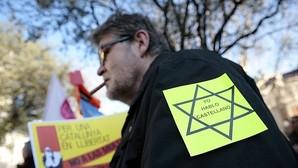 Protesta contra las multas lingüísticas