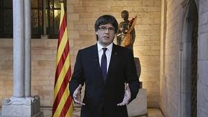 El presidente Puigdemont, durante la celebración de Sant Jordi