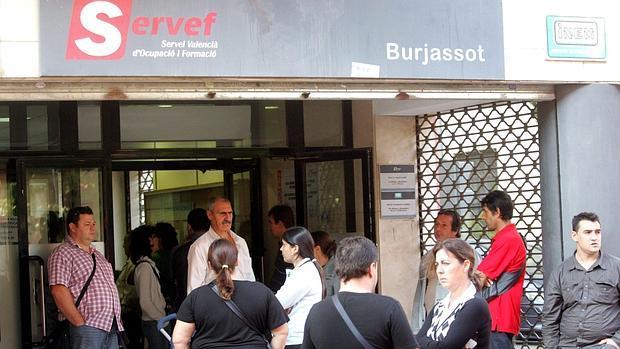 Epa comunidad valenciana del rescatamos personas a for Oficinas servef valencia