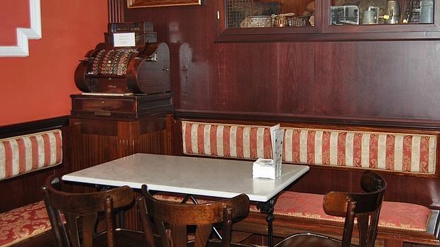 Esta mesa fue durante muchos años el despacho improvisado de Felipe González