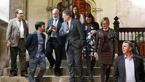 Ximo Puig, junto al resto del Consell en el Palau de la Generalitat