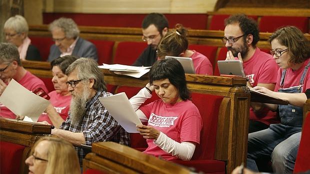 La diputada de la CUP, Anna Gabriel, en el Parlament