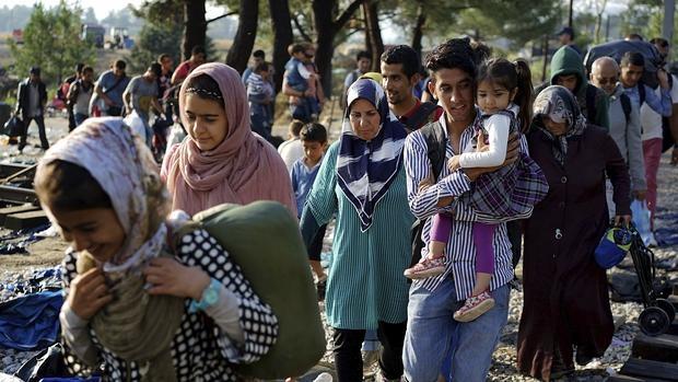 """Pedro Sánchez quiere convertir a España en """"un país de acogida de refugiados"""" Frontera-grecia--620x349"""