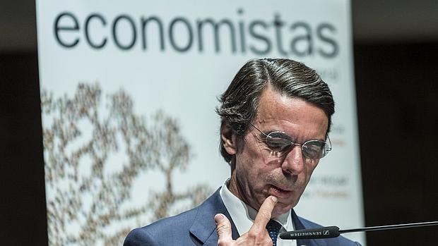 El expresidente del Gobierno, José María Aznar, en el Foro Anual de Economistas