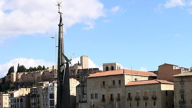 El monumento de la discordia, en Tortosa