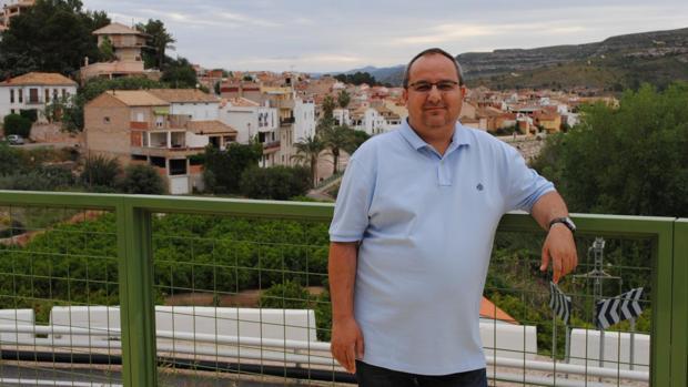 Imagen del alcalde de Sumacárcer, Txema Peláez